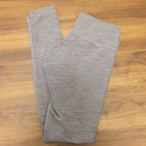 Lululemon Wunder Under Leggings Gray size 8
